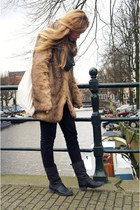 black Zara boots - light brown faux fur GINA TRICOT coat