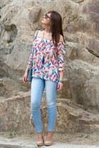 blue GS bag - sky blue BLANCO jeans - Divina Providencia blouse