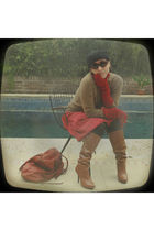 beige paula cahen danvers sweater - red wanama skirt - brown Steve Madden boots