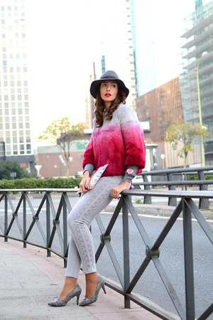 hot pink liu jo coat - silver Jaclin Madrid shoes - silver liu jo jeans