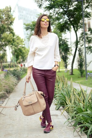 cream Zara blouse - brick red Zara pants - brick red New Balance sneakers