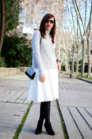 silver Zara sweater - periwinkle Paul Smith sunglasses - off white Zara skirt
