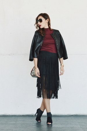 ruby red Zara top - black liu jo boots - black Zara skirt