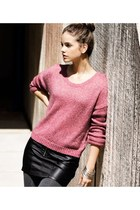 bubble gum H&M sweater - black H&M skirt