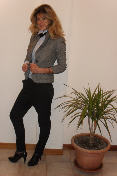 gray tweed Vero Moda jacket - united colors of benetton shirt - black papillon v