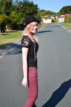 maroon Dotti jeans - black Primark boots - black ben sherman hat