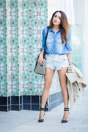 sky blue denim shirt Charlotte Russe top - black Steve Madden shoes