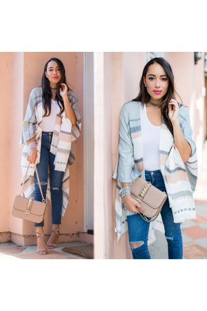 white YMI Jeans top - nude Valentino shoes - navy Nordstrom jeans