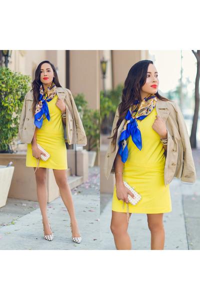 blue vintage scarf - white printed kate spade shoes - yellow ann taylor dress