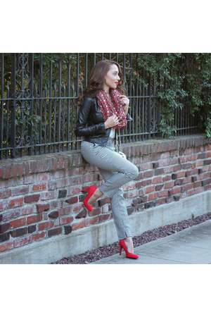 brick red Bindya NY scarf - red Charlotte Russe shoes