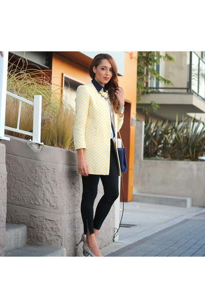 Heather-gray-target-shoes-cream-checkered-zara-jacket