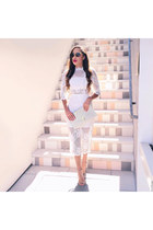 white lace Rent the Runway dress