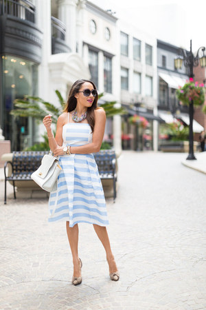 white striped Lulus skirt - tan Charlotte Russe shoes