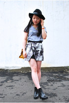 charcoal gray assymetrical The Editors Market skirt - black pleather H&M boots
