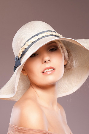 floppy hat Ella Gajewska MIllinery accessories