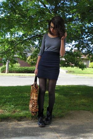 blue American Apparel - black Dr Martens boots