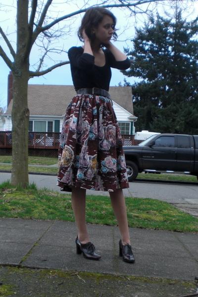 brown vintage skirt - brown vintage belt - black shirt - brown Alfani shoes