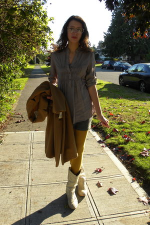gray Nordstrom shirt - gray vintage skirt - gold American Apparel tights - white