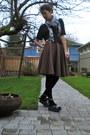Black-cropped-h-m-shirt-dark-brown-circle-homemade-skirt-gray-platform-vivie