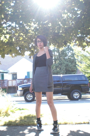 American Apparel - skirt - H&M top - Steve Madden