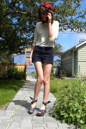 white shirt - blue American Apparel shorts - gray vivienne westwood shoes - red