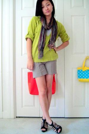 Gap top - scarf - Zara shorts - Bakers shoes