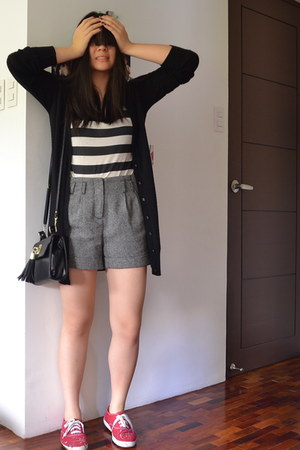 black Topshop bag - gray Forever 21 shorts - black Topshop cardigan - brick red