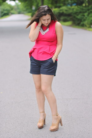 hot pink peplum Topshop blouse - navy chino short Jcrew shorts