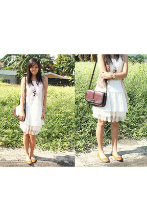 white simple thrifted dress - crimson Zara bag - Tomato watch