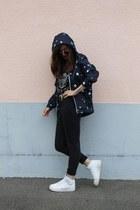 H&M vest - Zara jeans - H&M top - nike sneakers - H&M glasses