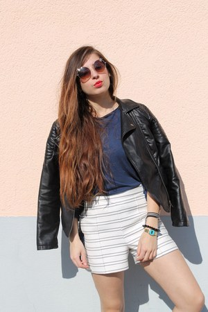 Zara shorts - Zara top - H&M sneakers - sunnies glasses