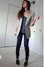 Gray-dads-blazer-gray-express-t-shirt-blue-express-jeans-black-target-shoe
