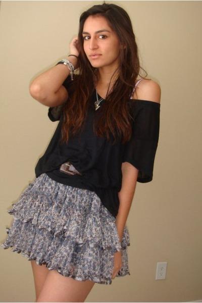 brown vintage belt - black Express t-shirt - gray random from TJMaxx skirt