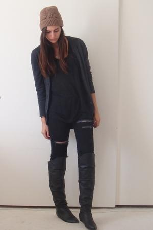 brown ex bfs hat - gray Express cardigan - black Express t-shirt - black silence
