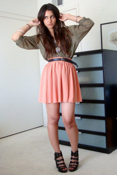 green H&M shirt - pink American Apparel skirt - black vintage belt - black sam e