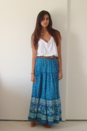DIY t-shirt - vintage belt - vintage skirt