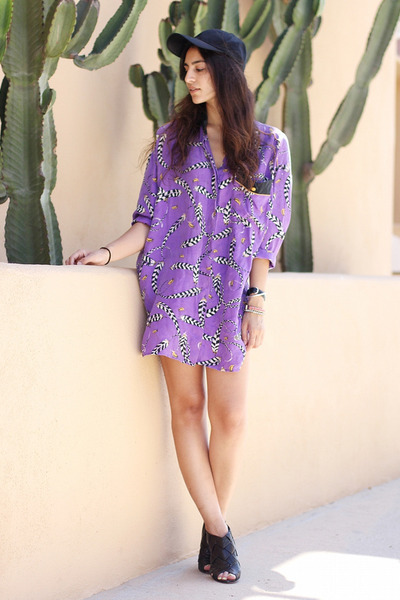purple vintage silk blouse - black H&M hat - black Vince Camuto heels