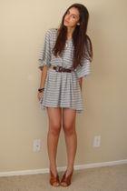 brown vintage belt - brown latitude femme from tjmaxx shoes - gray H&M t-shirt