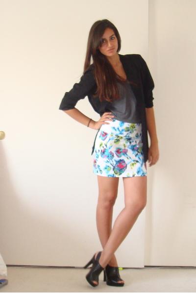 vintage blazer - American Apparel t-shirt - Forever21 skirt - Target shoes