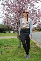 pink Dotti top - gray Bauhaus skirt - gray rubi boots