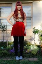 red pleated skirt skirt - camel striped Sportsgirl top