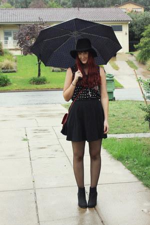black Topshop skirt - black Sportsgirl top
