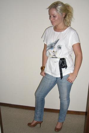 Marnie Skillings t-shirt - ben sherman jeans - Jessica Simpson shoes