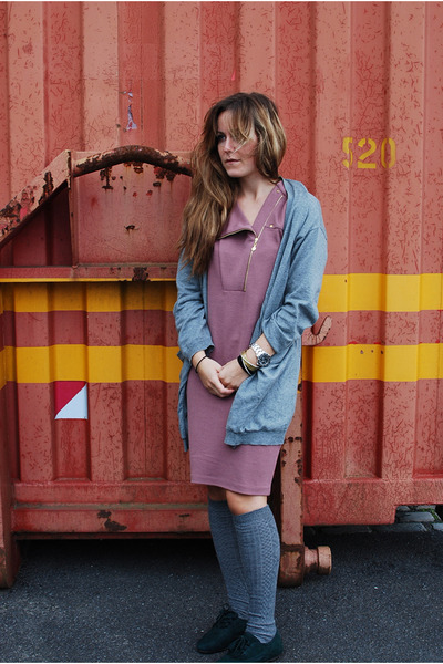 pink Stine Goya dress - gray Monki cardigan - gray Ayamara socks - green Zara sh