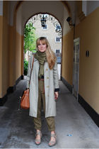 beige vintage burberry coat - beige Burberry Prorsum shoes - green Zara pants -