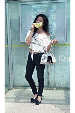 white EmMeMa top - black jeggings denim Buffalo jeans