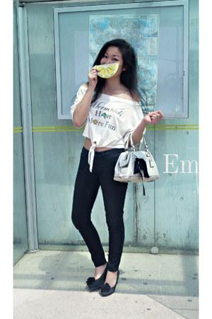 white EmMeMa top - black jeggings denim Buffalo jeans