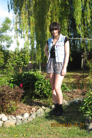 Glassons shorts - supre vest