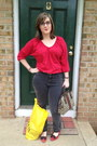 Red-old-navy-top-charcoal-gray-bdg-jeans-off-white-gucci-bag