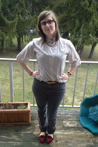 ivory thrifted top - charcoal gray BDG jeans - gold Ell and Emm necklace